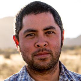 Jason De León Headshot