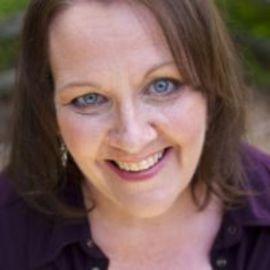 Judy Davis Headshot