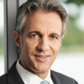 Jörg Dräger Headshot