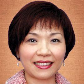 Pollyanna Chu  Headshot