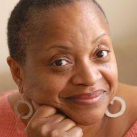 Deborah Willis Headshot