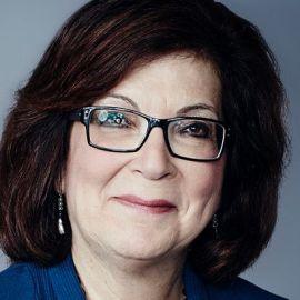 Barbara Starr Headshot