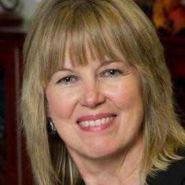 Teresa Vanhooser Headshot