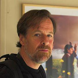 Alex Webb Headshot