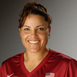 Lisa Fernandez Headshot