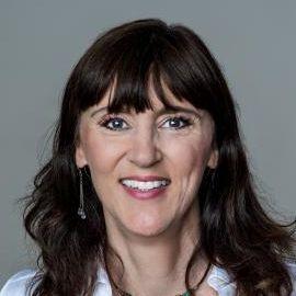 Jen Sincero Headshot