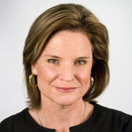 Jennifer Palmieri Headshot