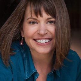 Sheri Fitts Headshot
