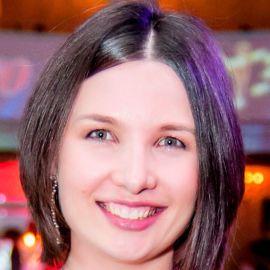 Olga Pankova Headshot