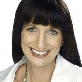 Shara Evans Headshot
