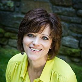 Kathy Howard Headshot