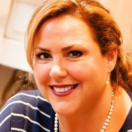 Jen Lancaster Headshot