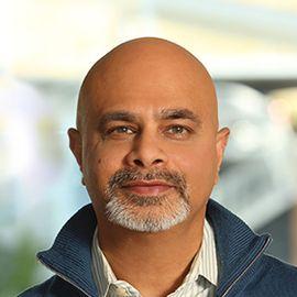 Nat Natarajan Headshot