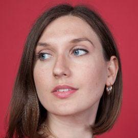 Colette Patnaude Headshot
