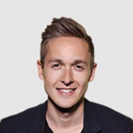 Artem Goldman Headshot