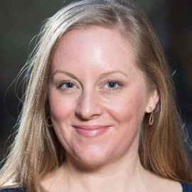 Lisa Wade Headshot