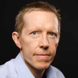 Neil Howe Headshot