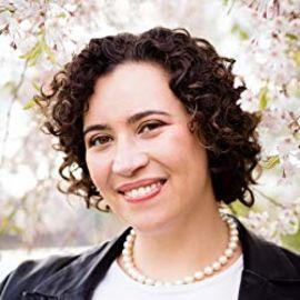 Meredith Broussard Headshot