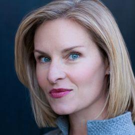 Mary Louise Kelly Headshot
