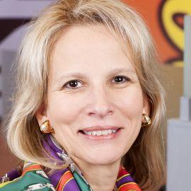Michele Buck Headshot