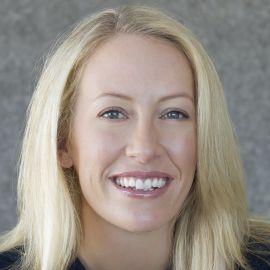 Julia Hartz Headshot