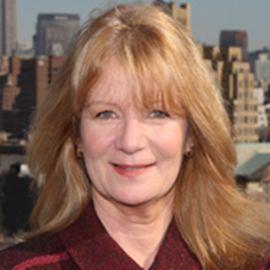 Barbara Annis Headshot