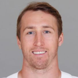 Sean Lee Headshot