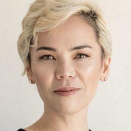 Kat Holmes Headshot