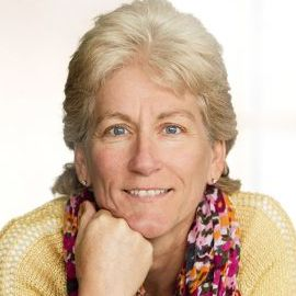 Donna Wright Headshot