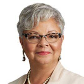 Freda Lewis-Hall Headshot