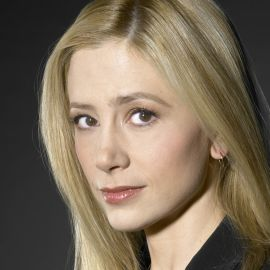 Mira Sorvino Headshot