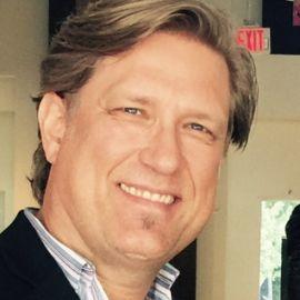 Reuben Carranza Headshot