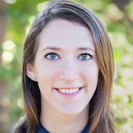 Arielle Zuckerberg Headshot