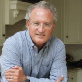 Mark Bowden Headshot
