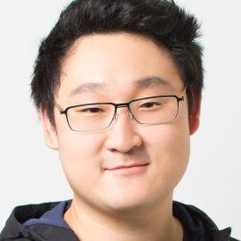 Henry Hu Headshot