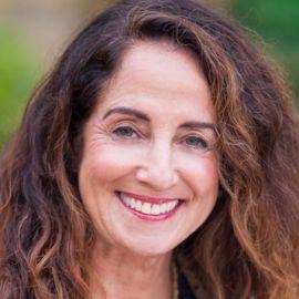 Diana Raab, MFA, PhD Headshot