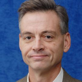 Robert Wright Headshot