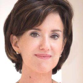 Susan Packard Headshot