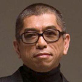 Tadashi Shoji Headshot