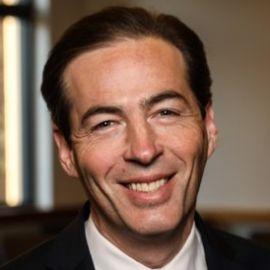 Andrew Perlman Headshot