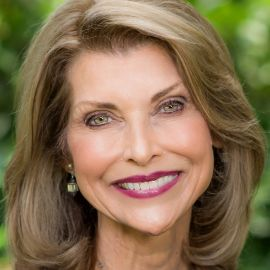 Pam Tebow Headshot