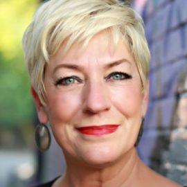 Sara Cunningham Headshot