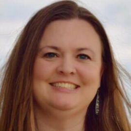 Jessi Roberts Headshot