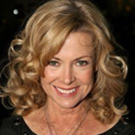 Catherine Hicks Headshot