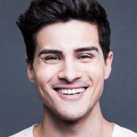 Anthony Padilla Headshot