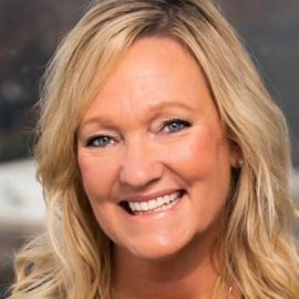 Karen Kingsbury Headshot