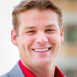 Derek Peterson Headshot