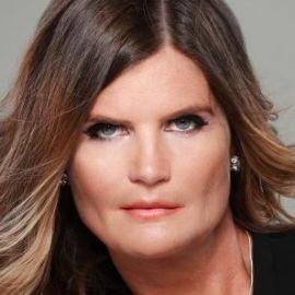 Nina Hobson Headshot