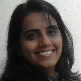 Bindu Rathore Headshot