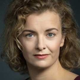 Lucy Russell Headshot